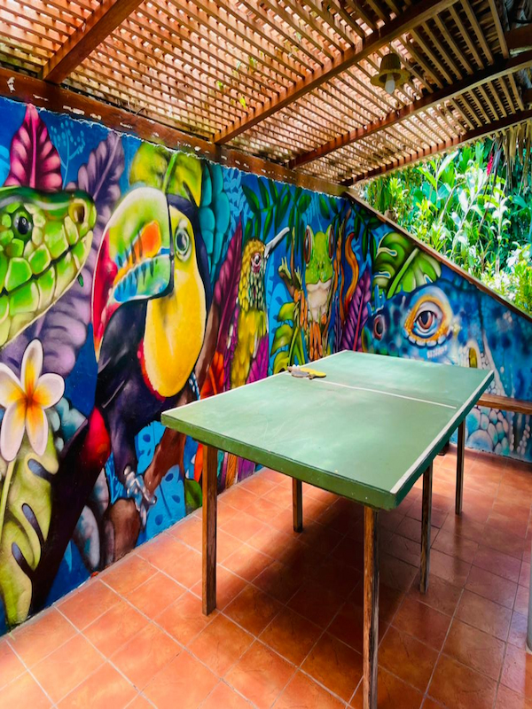Mural the roundhouse rio dulce