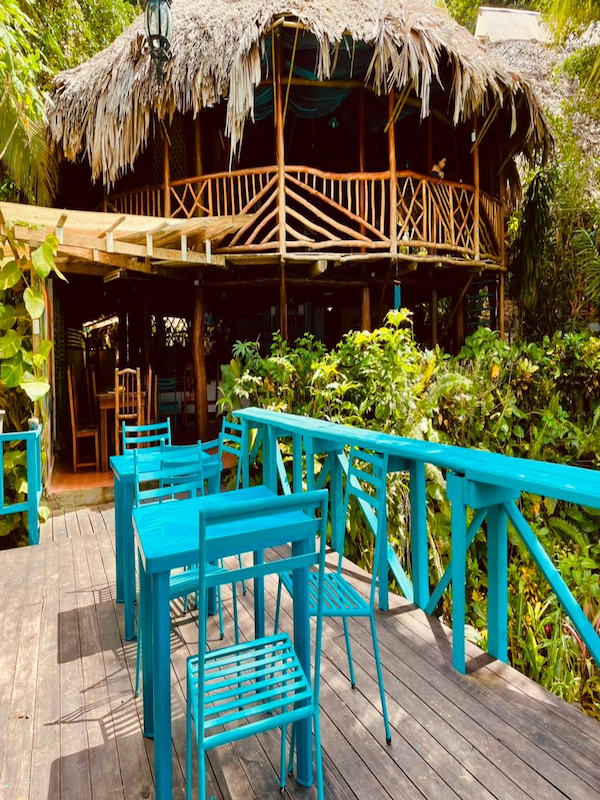deck and view of the bar the round house rio dulce backpackers